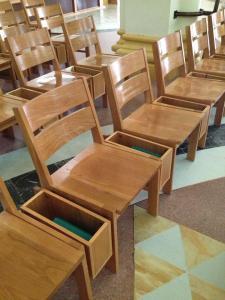 congregation pews
